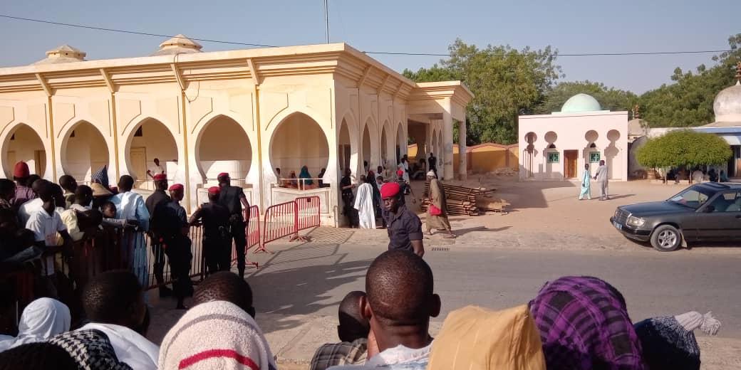 Touba: Suivez l'enterrement de Cheikh Béthio à Bakhya