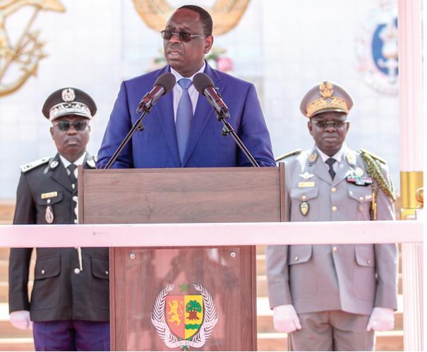 """Armée: Le nouveau décret de Macky Sall sème le """"désordre"""" dans les rangs"""