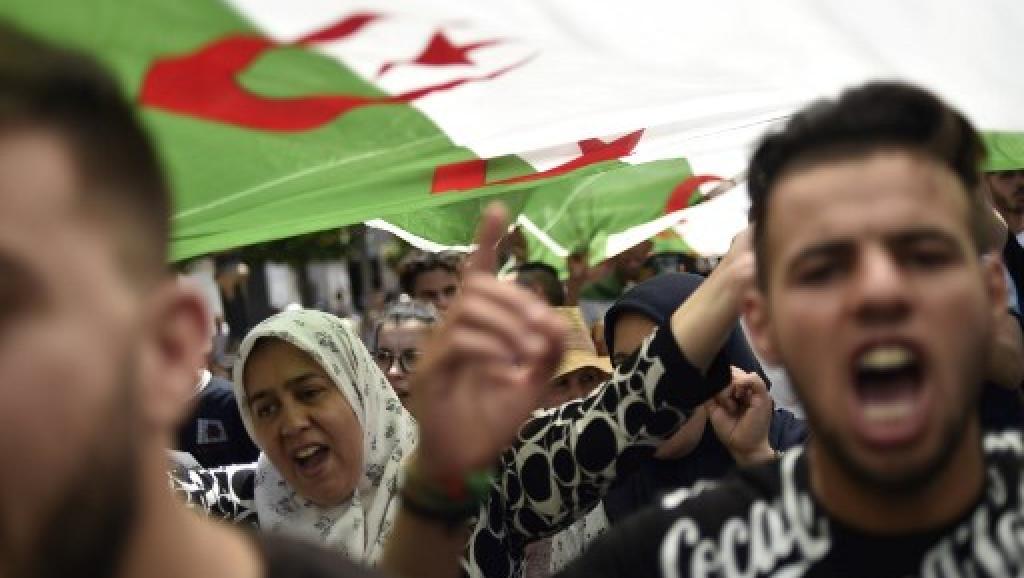 Algérie: Plusieurs arrestations au 18e vendredi de manifestations