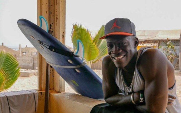 Babacar Laye Ndoye, professeur particulier de surf à Dakar