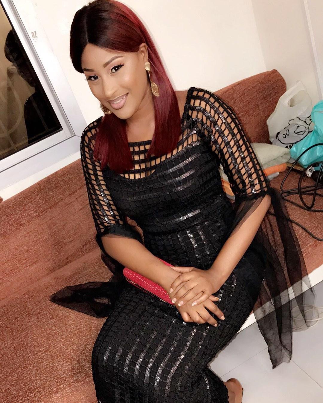 PHOTOS – La belle Esther NDIAYE toujours célibataire, les hommes ont-ils peur d'elle ?