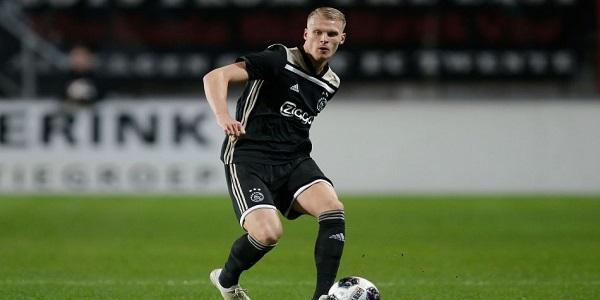 Qui est Bakker, le nouveau latéral néerlandais du PSG ?