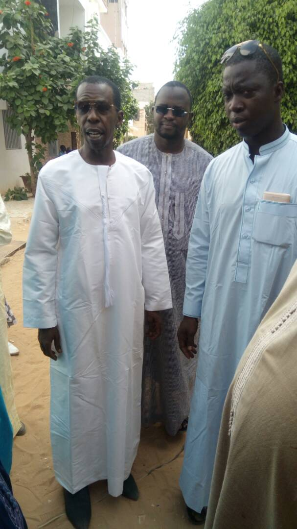 Bagarre entre Cheikh Mbacké Gadiaga et Bamba Faye devant Cheikh Amar...