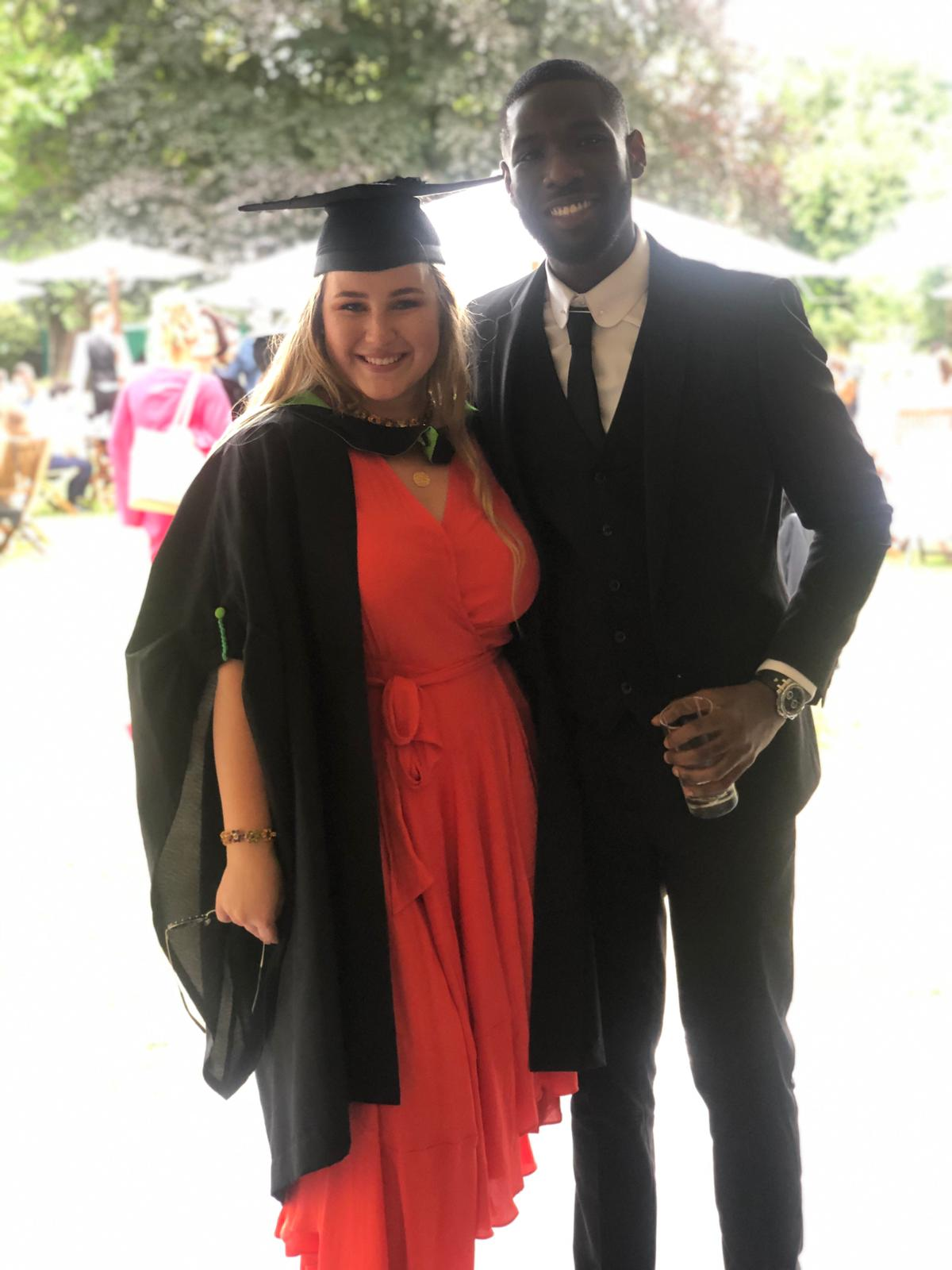 Segui, le fils de Youssou Ndour, décroche son Bachelor of Arts à la Regents University de Londres
