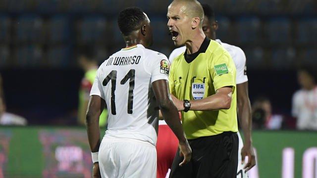 Grosse révélations: l'arbitre écarté de la finale avait dénoncé une affaire de corruption impliquant un club algérien
