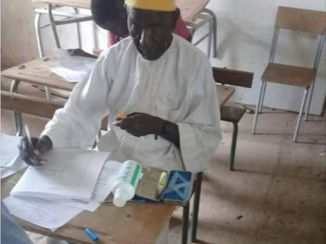 PHOTOS - Voici Ibrahima Amadou Sy, 72 ans, le doyen des candidats au BFEM 2019