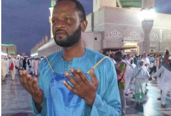 PHOTOS - Cheikhouna de la série  » Wiri Wiri » à la Mecque