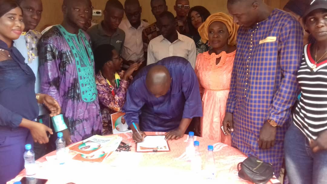 Libération de Khalifa Sall: Idrissa Seck signe la pétition