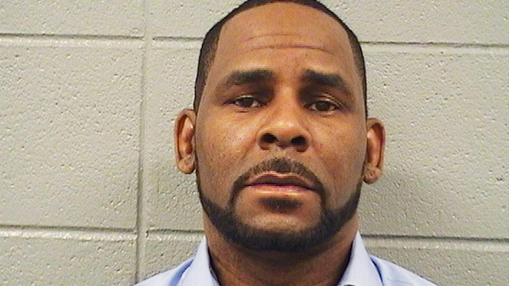 R. Kelly de nouveau accusé et inculpé pour sollicitation de mineure