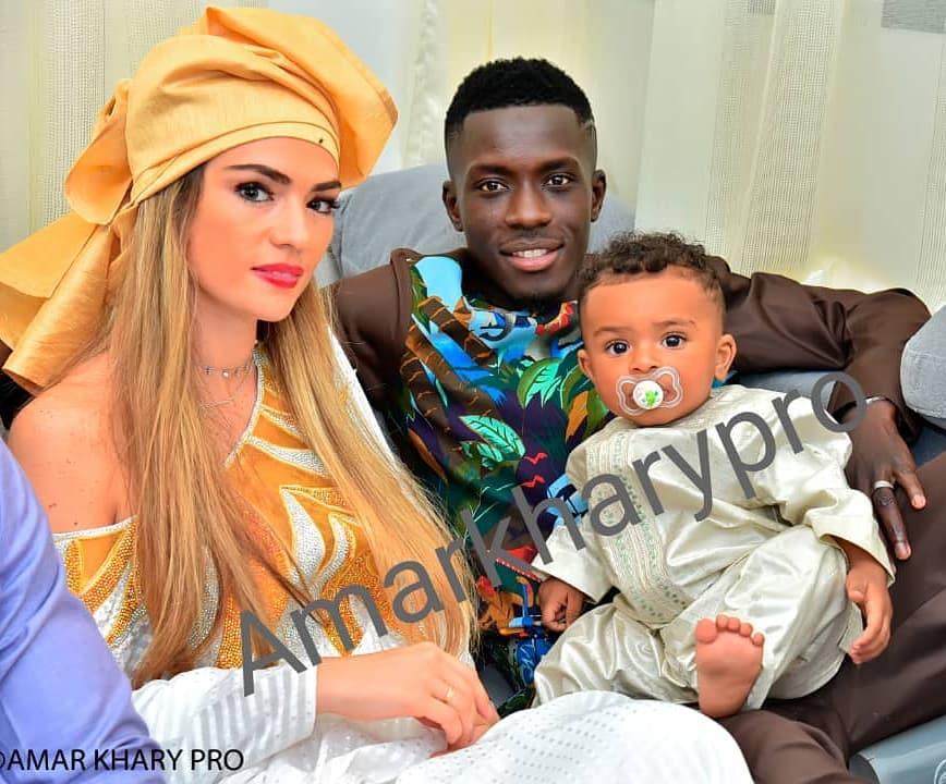 """PHOTOS - Idrissa Gana Guèye transforme son épouse en une vraie """"Jongoma"""" sénégalaise"""