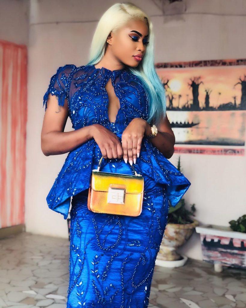 PHOTOS - Sagnsé Tabaski 2019: Marichou penche pour une robe bleue assortie de bretelles