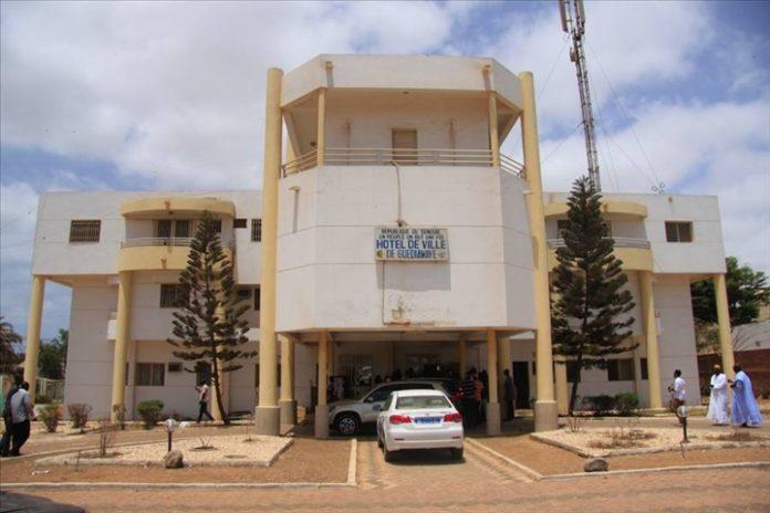 Bradage de la bande des filaos de Guédiawaye: le Forum civil demande un audit