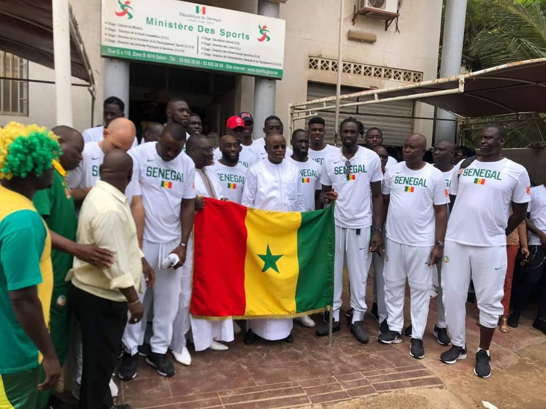"Mondial basket 2019: le drapeau national remis aux ""Lions"""