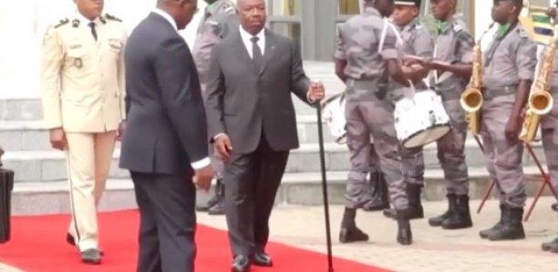 Demande d'expertise de santé du président gabonais: la juge suspendue