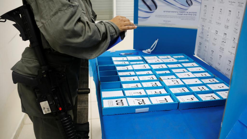 Israël: L'usage de caméras dans les bureaux de vote fait débat