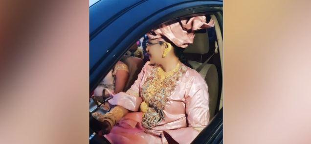 """VIDEO - La femme du ministre-conseiller Askia Touré répond à ses détracteurs: """"J'ai toujours porté des boubous de valeur et de l'or..."""""""