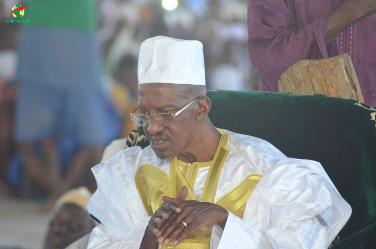 Khalife général des Tidjanes: Dr. Ahmed Khalifa Niasse appelle Macky Sall à reconnaître officiellement, Thierno Amadou Tidjane Bâ