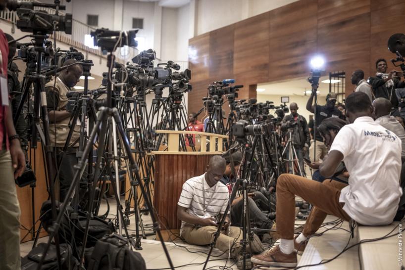 Chavirement de pirogues aux Iles de la Madeleine : Les journalistes arrêtés à Hôpital Principal de Dakar risquent des poursuites en cas de diffusion d'images