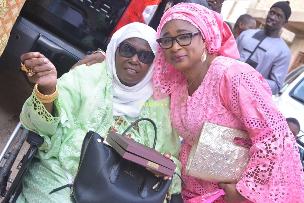 Voici les images inédites  de Marième Faye Sall au mariage de Yama Diallo Bèye, fille de Ismael Diallo