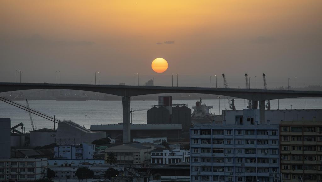 Gaz naturel liquéfié: Total rachète les parts d'Anadarko au Mozambique