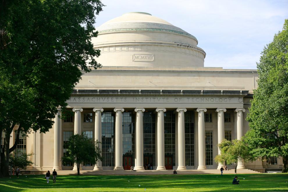 Le MIT est en train de revoir sa relation avec la start-up d'Amnesty International SenseTime, l'une des entreprises de technologie chinois sur la liste noire des États-Unis