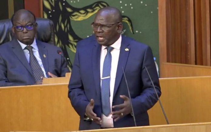 Aymérou Gningue: « Ousmane Sonko se prend pour ce qu'il n'est pas »