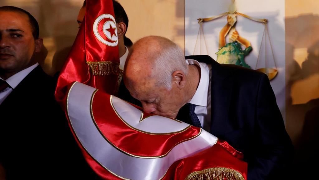 Présidentielle en Tunisie: Kaïs Saïed donné largement vainqueur