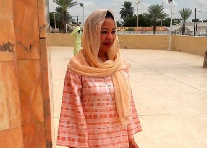 Touba: Léna Sène reçue par Serigne Bass Abdou Khadre…