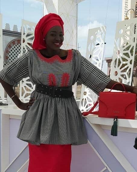 """PHOTOS - Magal 2019: La très charmante journaliste Faty Dieng dans la peau d'une """"Yaye Fall"""""""