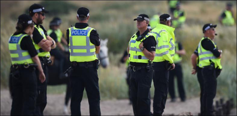 39 corps retrouvés dans un camion dans l'Essex, au Royaume-Uni