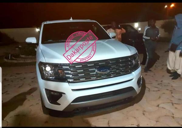 Voici la luxueuse voiture offerte à Sokhna Aïda Diallo par Idrissa Samb (photos)
