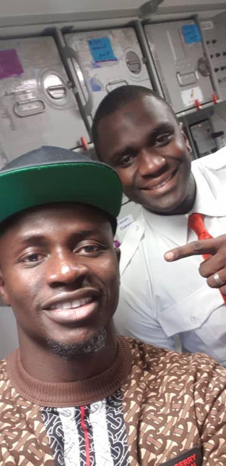 (PHOTOS) - Sadio Mané, Monsieur modestie..: Il a rejoint la sélection par vol simple