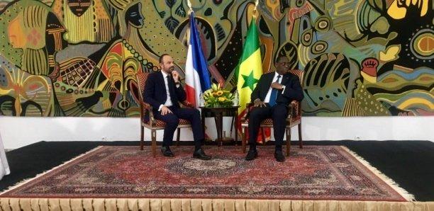 Visite d'Édouard Philippe : Six accords signés
