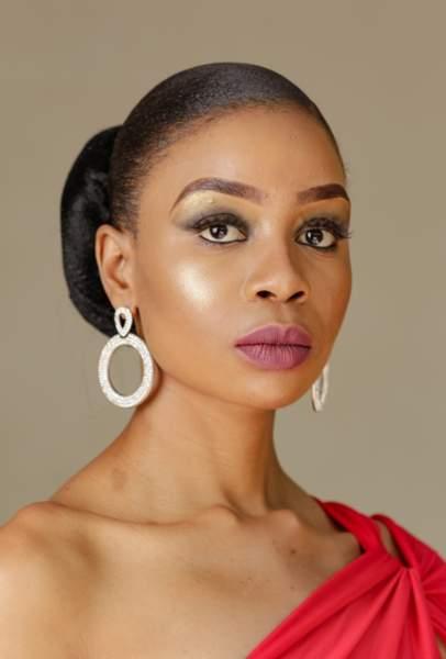 Miss Botswana : Phirinyane Gofaone