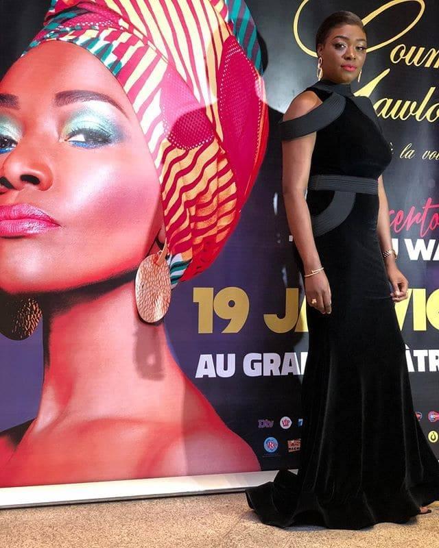 PHOTOS – Soirée Coumba Gawlo: La robe chic et glamour de Khady Ndiaye Bijou qui illumine la toile