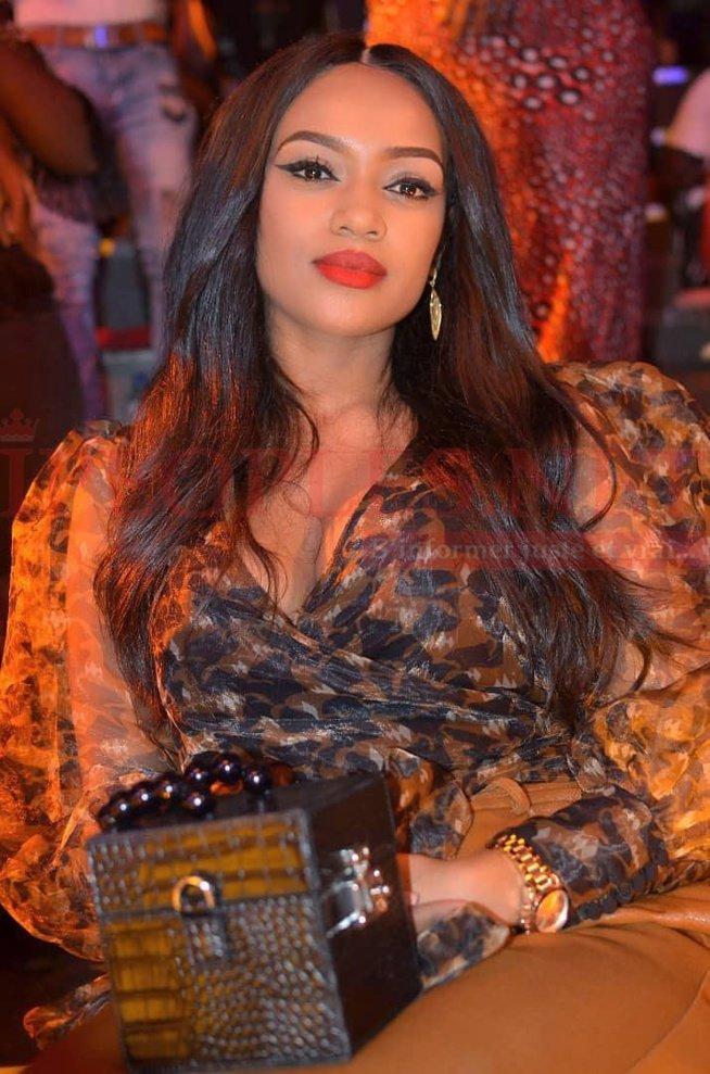 PHOTOS - Sublime et radieuse, la femme de Bouba Ndour séduit les internautes