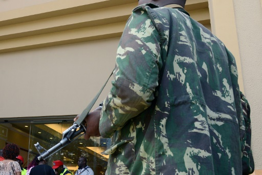 """Kenya: un policier tue 10 personnes alors qu'il cherchait sa copine """"infidèle"""""""