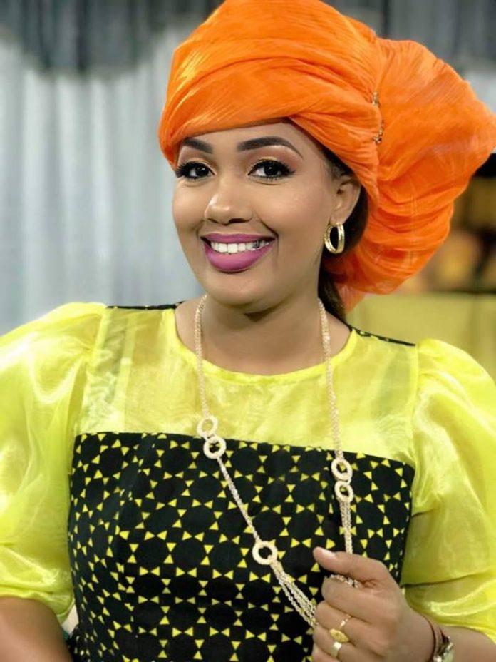 Dieynaba Seydou Bâ de la Tfm, une femme aux multiples facettes