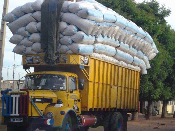 Touba: 15 camions remplis d'arachide arrêtés par le Service du Commerce