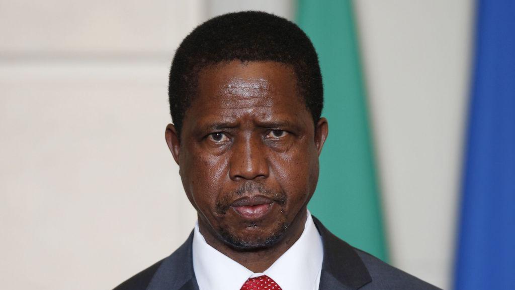 Zambie: le président réduit son salaire après une envolée des tarifs de l'électricité