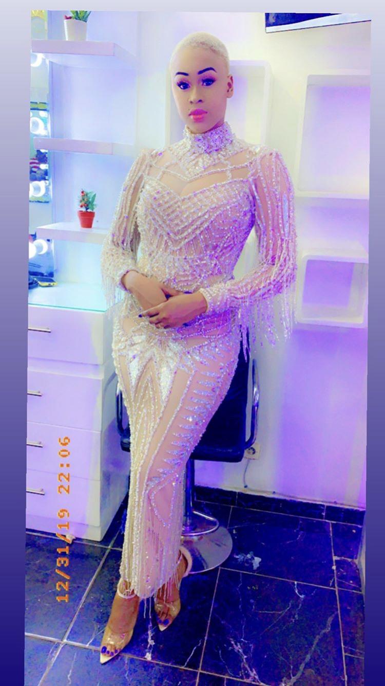 PHOTOS - La robe de Ndèye Astou Sall qui fait sensation sur la toile