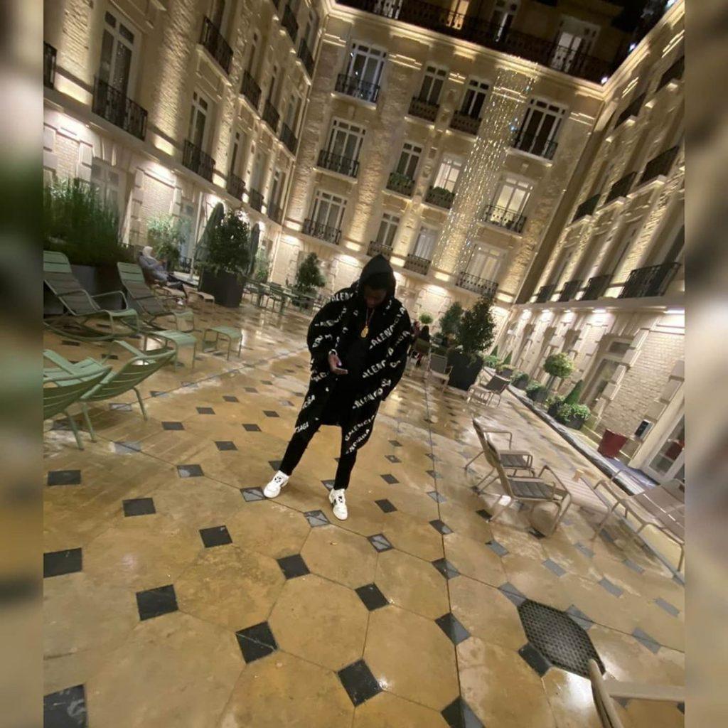 PHOTOS - Wally Seck se la coule douce à Paris