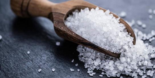 Cheveux gras, pellicules, croissance des cheveux: Essayer le sel de mer
