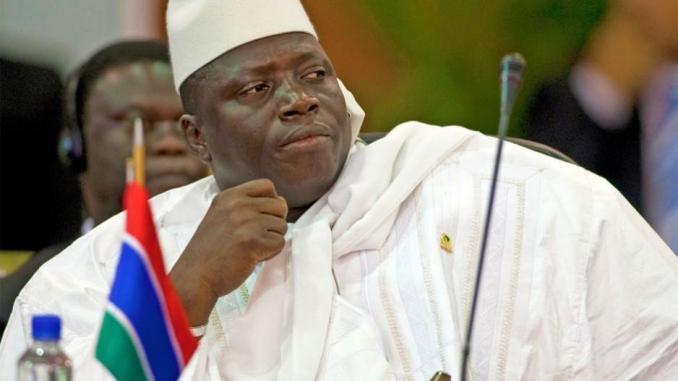 Yahya Jammeh risque d'être arrêté s'il retourne en Gambie (officiel)