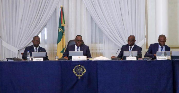 Dette de 100 milliards : Les consignes de Macky Sall à Makhtar Cissé, Oumar Youm et Abdoulaye Daouda Diallo