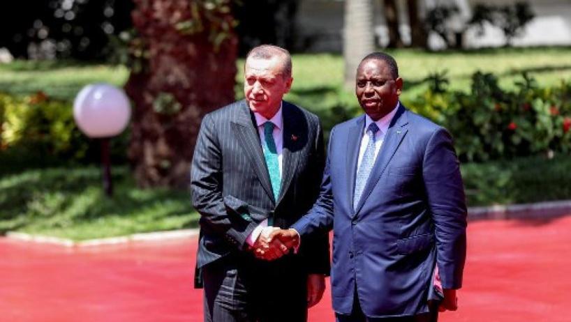 En visite au Sénégal, Erdogan arrive en terrain conquis