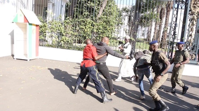 Maintien de Guy Marius Sagna en prison: la coalition Jotna accuse Macky Sall d'agir sous la dictée de la France