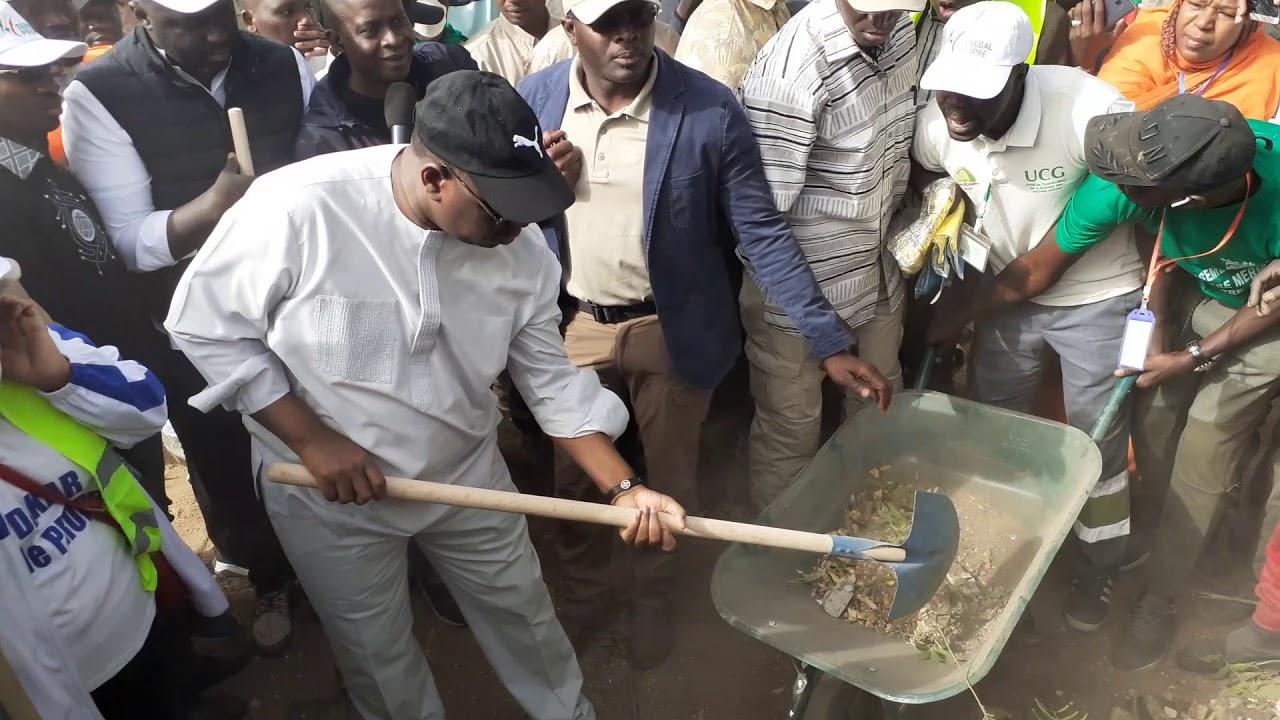 2e journée du ''Cleaning Day'': le Collectif ''Mbeubeuss dafa doy'' ne va pas dérouler le tapis rouge à Macky Sall