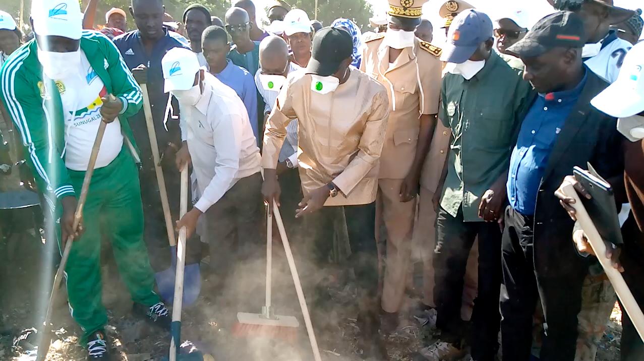 Cleaning Day à Gossas: Dionne annonce l'installation des Comités de quartier pour maintenir la ville  propre