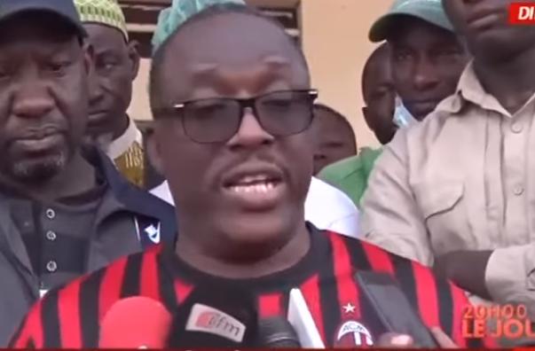 Cheikh Oumar Anne : «  Pape Alé Niang et Nafi Ngom Keïta sont des maîtres-chanteurs »